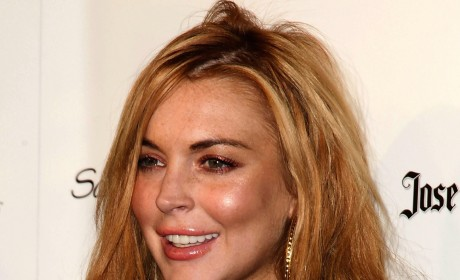 Lindsay Lohan Lies to Police About Car Crash; No One Surprised