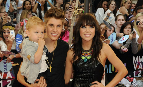 Justin Bieber, Carly Rae Jepsen Win Big at 2012 MuchMusic Video Awards