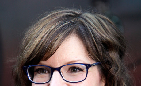 Lisa Loeb Welcomes Son Emet Kuli!