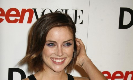 Which Jessica Stroup hairstyle do you prefer?
