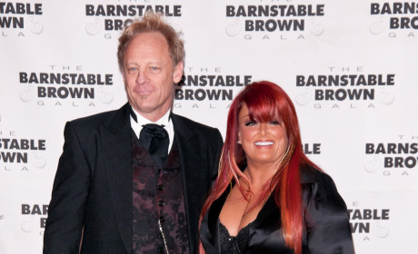 Wynonna Judd and Cactus Moser: Married!