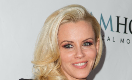 Kendra Wilkinson on Jenny McCarthy Playboy Spread: You Go Girl!