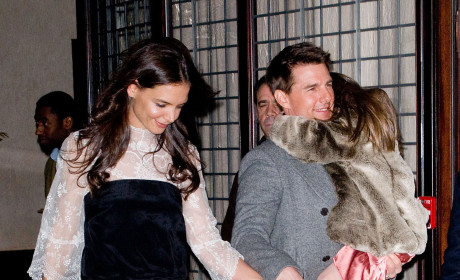 "Tom Cruise ""Bitter"" at Katie Holmes For Using Suri as ""Weapon"""