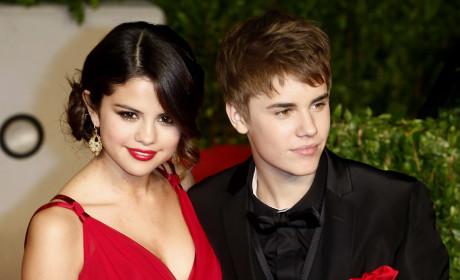 Justin Bieber and Selena Gomez Break Up!