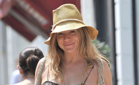 Sienna Miller Gives Birth!