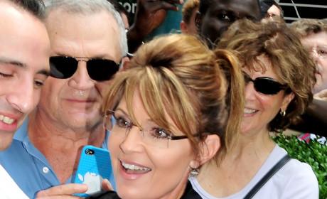 "Sarah Palin Defends Bristol Reality Show as ""Realistic,"" Slams Teen Mom"