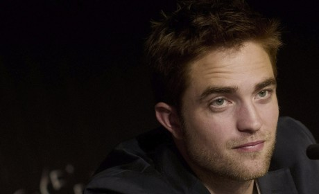 Robert Pattinson on Kristen Stewart Apology: Unacceptable! Horrifying!