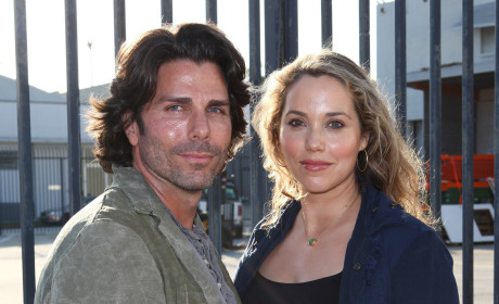 Elizabeth Berkley, Greg Lauren Welcome First Child!