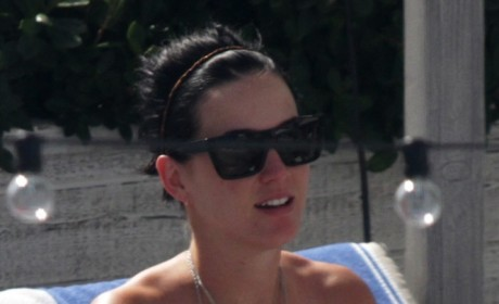 Katy Perry Bikini Photos: No Makeup or Airbrushing!