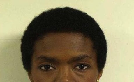 Lauryn Hill Mug Shot: All Business!