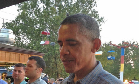 Four More Beers: President Obama Grabs Some Buds at Iowa State Fair
