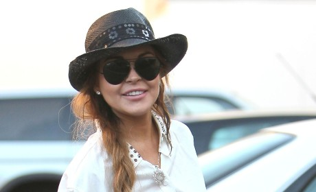 Lindsay Lohan Interviewed in Burglary Investigation