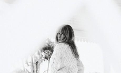 Celine Dion Pose