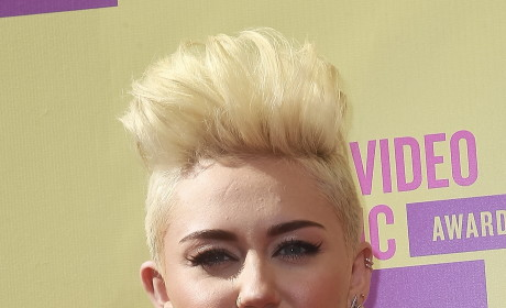What do you think of Miley Cyrus's 2012 VMA outfit?