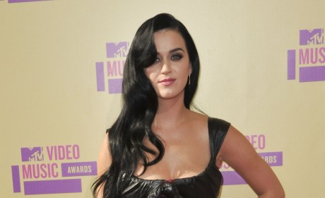VMA Fashion Face-Off: Katy Perry vs. Rihanna