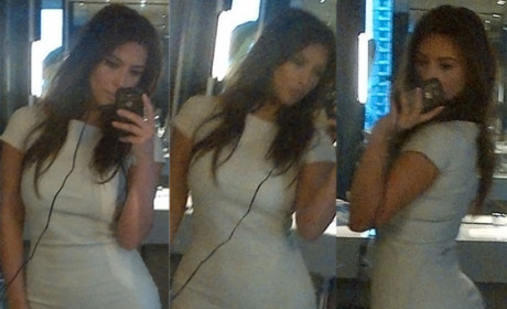 Kim Kardashian Tweets Kim Kardashian Pics to Kanye West, World