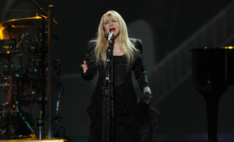 Stevie Nicks on Nicki Minaj: Little Girl in Need of Choking!
