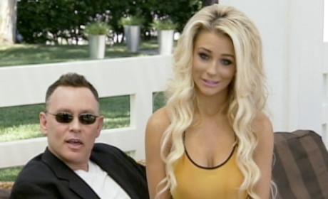 Courtney Stodden & Doug Hutchison: Destined to Be Together, Her Mom Says