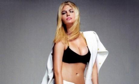 Kate Upton Shirtless Pic
