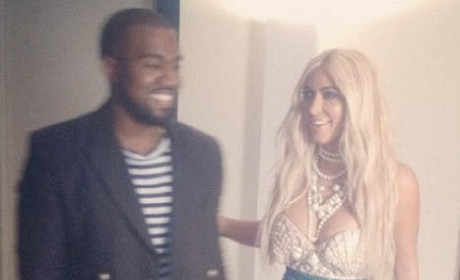 Kim Kardashian Halloween Costume: Making a Splash!