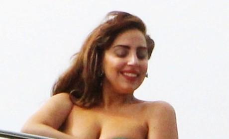 Lady Gaga, Bikini