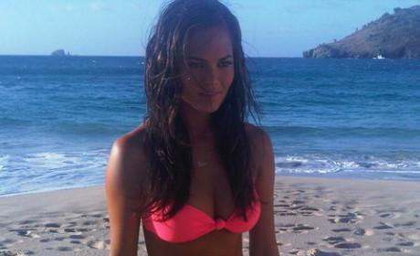 Chrissy Teigen Bikini Twitpic
