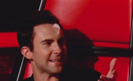 Adam Levine on The Voice Pic