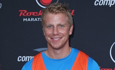 Sean Lowe Steps Out in Public, Mum on Bachelor Winner