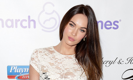 Megan Fox Debuts Incredible Post Baby Body!