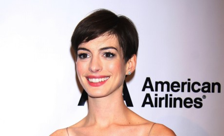 Anne Hathaway on the Red Carpet