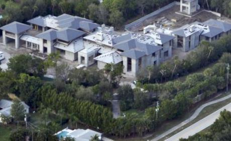 Michael Jordan's New Mansion: Straight BALLER