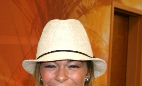 LeAnn Rimes Sues Dentist: You Effed Up My Career!