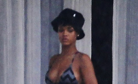 Rihanna Swimsuit Photo