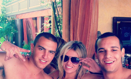 Paulina Gretzky, Friends