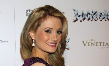 Holly Madison: In Doghouse Over Pink Doghouse