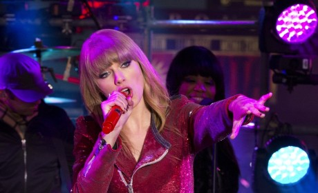 Taylor Swift: I'm a Risk-Adverse Sagittarius!