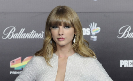 Taylor Swift Style Choice: Love It or Loathe It?
