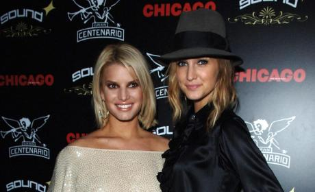 Ashlee Simpson Joins Stage Cast of Chicago (!?)
