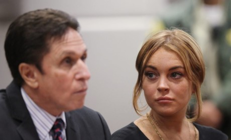 "Lindsay Lohan ""Desperate"" to Fire New Attorney She Just Hired"
