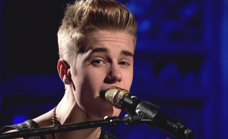 "Justin Bieber Wants to ""Slap Around' Black Keys Drummer"