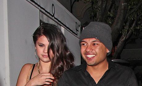 Selena's Mystery Man?