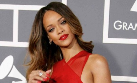 Rihanna at the Grammy Awards 2013