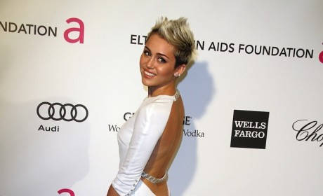 Miley Cyrus Oscar Party Pic