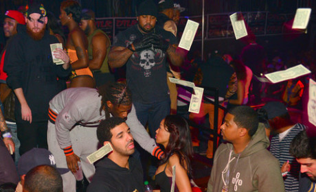 Drake Makin' It Rain