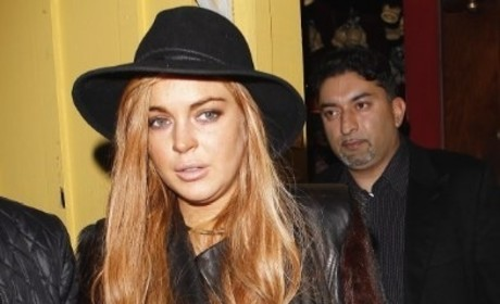 Lindsay Lohan to Stick With Maligned Lawyer; Key Witnesses Called to Testify