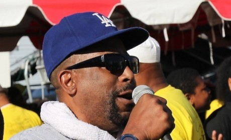 Tone Loc Collapses on Stage in Iowa