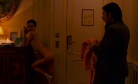 Natalie Portman Naked: A Regrettable Scene