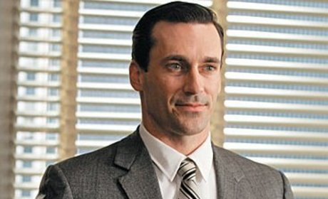 Jon Hamm: To Beard or Not to Beard?