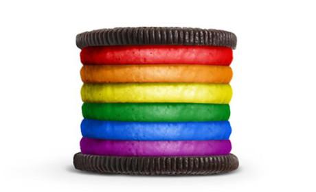 Kraft Foods Honors LGBT Pride Month, Raises Ire with Rainbow Oreo