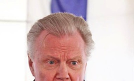 Jon Voight Likens President Obama to Hugo Chavez, Endorses Mitt Romney